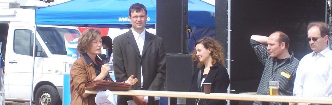 Kathrin Darlatt auf dem Podium (c) Leipziger-Bildungsfest.de